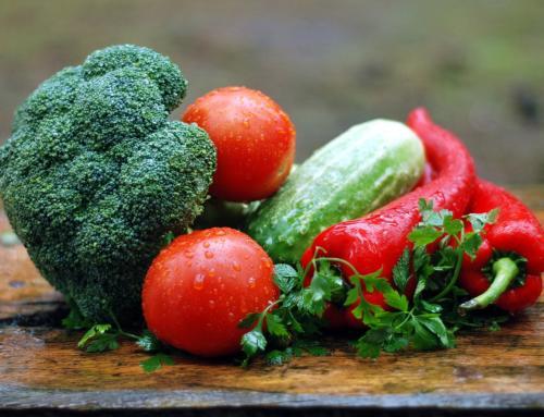 Gemüse und Salat zum Sommeranfang