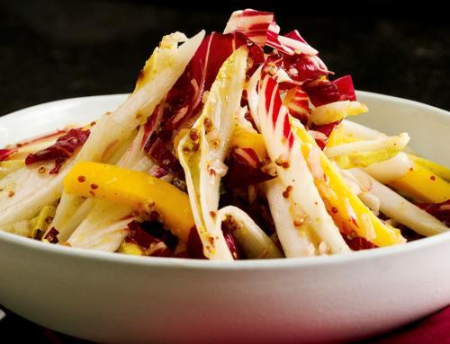 Chicorée Mango Salat an Baumnussvinaigrette