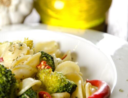 Penne mit Broccoli-Auberginen-Sauce