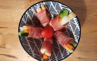 frische Trockenfleisch-Gemüse-Stängeli