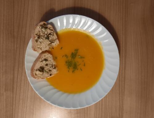 Thurgauer Kürbissuppe mit Tilsiter-Crostini