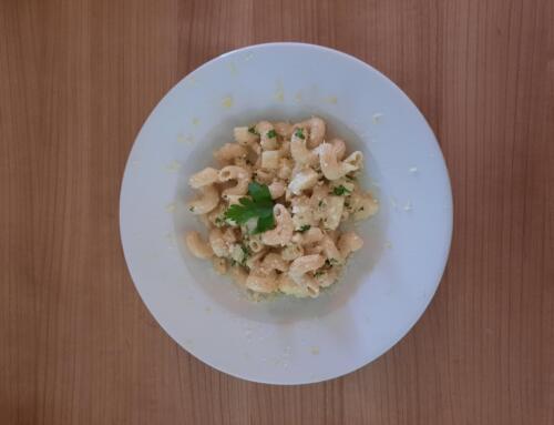 Pasta mit Sellerie-Baumnuss-Sauce